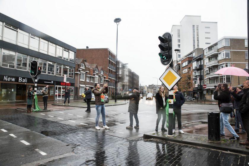 onthulling Kruikenzeiker verkeerslicht Tilburg